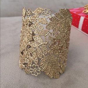 NWOB Stella & Dot Chantilly Lace gold cuff